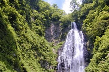 夏のくろくまの滝